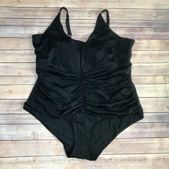 ffe0d57332338 Roaman s black swim suit- Size 30. M 5a385ae236b9deb7f5001a07